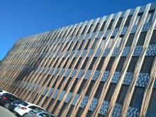 Construct-PV zeigt fassadenintegrierte Photovoltaik am ZÜBLIN-Gebäude Z3