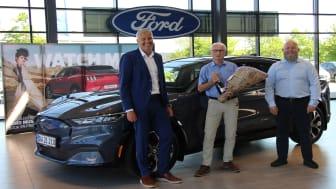 Den første Ford Mustang Mach-E er blevet udleveret fra Andersen Biler Hillerød.