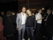 Bachelor Sebastian Pannek und PIONEER Preisträgerin Sophia Flörsch feiern zusammen auf der After Show Party