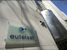EUTELSAT COMMUNICATIONS  FIRST QUARTER 2017-18 REVENUES