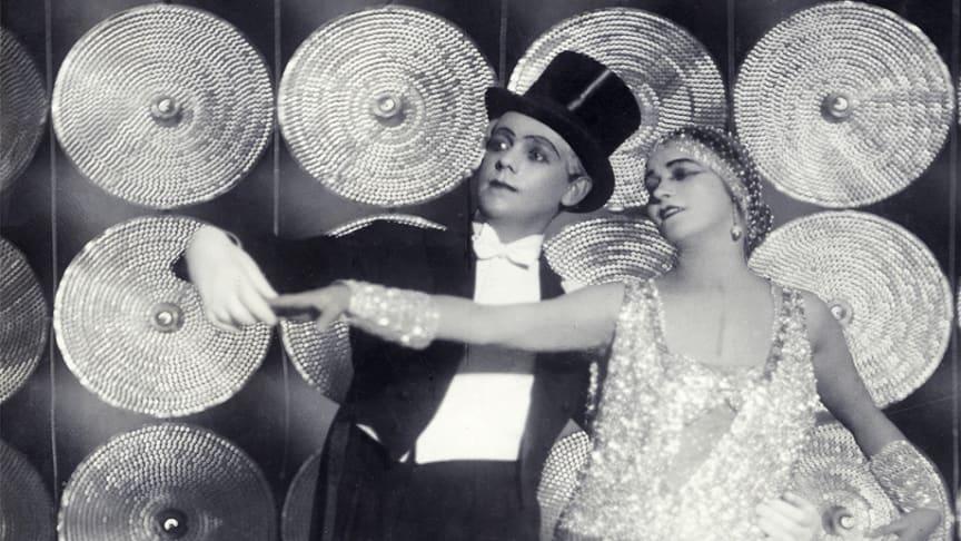Jean Börlin och Edith von Bonsdorrf i Relâche 1924.