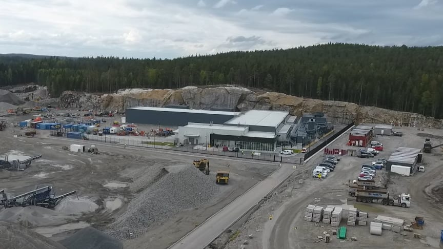 Busy work at the construction site of the DC3-Oslo expansion.