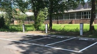 BPW installiert am Stammsitz in Wiehl drei neue Ladesäulen, die elektrisch angetriebene Fahrzeuge mit sauberer, umweltschonender Energie versorgen.