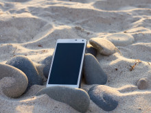 Gadget-mad Brits now taking £20bn electronic devices on holiday with them