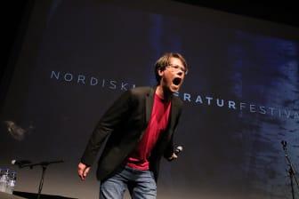 Nord Poetry Slam foto Oskar Hanska.jpg