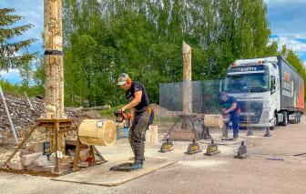 Ferry Svan och Calle Svadling Stock Saw