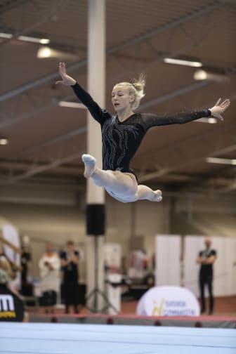 Ida Staafgård, tre grenguld i kvinnlig artistisk gymnastik, SM 2019
