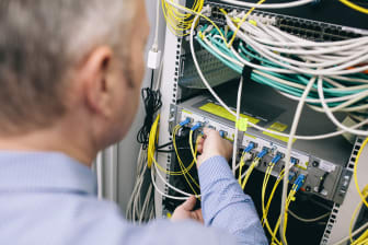 Deutsche_Glasfaser_Technik_Verbindung