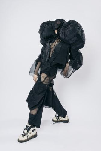 Erik Olsson – Couture Black