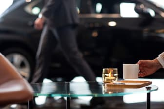 Kaffe hos Bilia