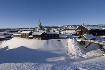 Røros - The church in Røros winter-Terje Rakke - VisitNorway.com