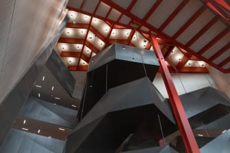 "Kunskapshuset, trappan ""dagbrottet"""