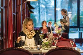 Rumdum renoviert: Das Maritim Hotel Bonn, hier die Brasserie.