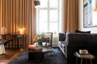 Medium King room at Lydmar Hotel