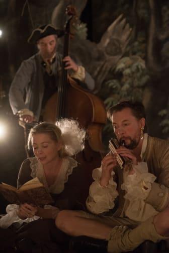 Jonas Dominique, Julia Dufvenius och Mikael Augustsson i Kungliga Förvandlingsakademien