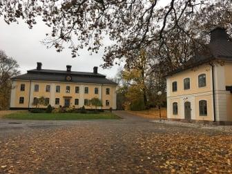Åkeshovs slott med flygel