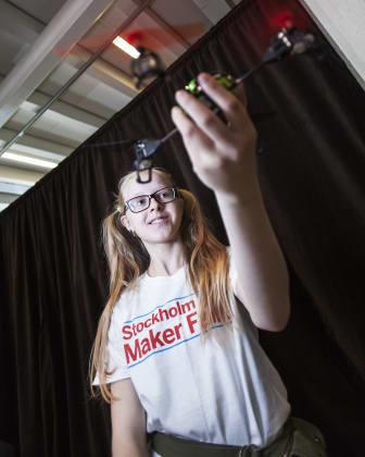 Flyguppvisningar med fredliga drönare på Stockholm Mini Maker Faire. Foto: Anna Gerdén