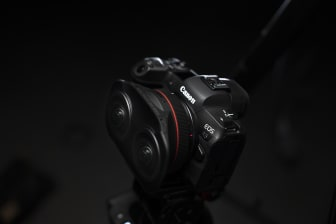 Canon RF 5.2mm F2.8L DUAL FISHEYE_Ambient_4.jpg