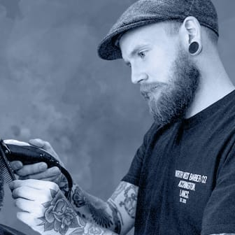 Chris Brownless (UK) - domare i Årets barberare 2019