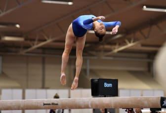 Tonya Paulsson, guld i mångkamp på SM i kvinnlig artistisk gymnastik