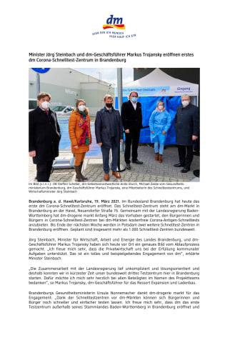 Minister Jörg Steinbach und dm-Geschäftsführer Markus Trojansky eröffnen erstes dm Corona-Schnelltest-Zentrum in Brandenburg