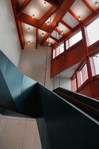 Kunskapshuset entréhall och trappa, Liljewall