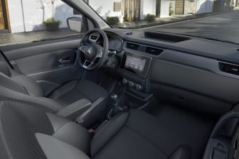 Nya Renault Express interiör.jpg