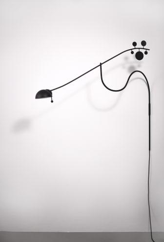 Joan – en väggarmatur – Anna Herrmann