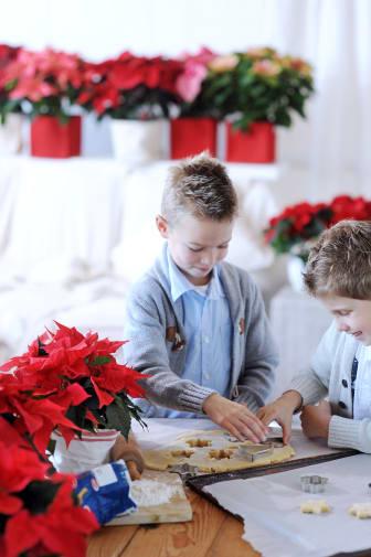 Modern jul med julstök med barnen 2012