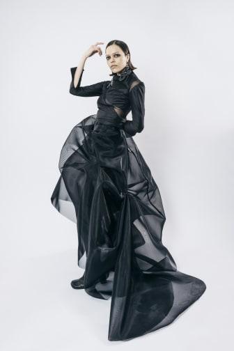Felicia Åström – Couture Black