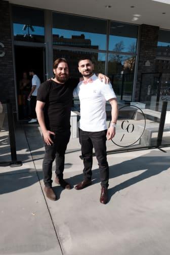 De första två finalisterna till Årets barberare 2018 är utsedda - Amin Iranmanesh från Randevu Barbershop i Göteborg och Antonino Ratto från The Barber i Malmö.