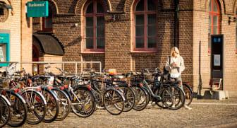Crescents uppkopplade elcykel Ellie med smarta funktioner