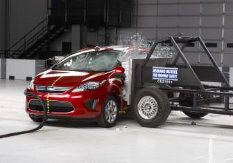 Ford Fiesta krockprovas av IIHS - bild 1
