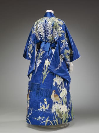Kimono_blue_Victoria and Albert