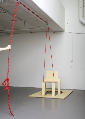 Bella Tapper - I Don't Chair