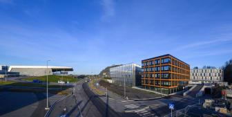 Bergen Business Park, Midtbygget og Terminalbygg fra Lønningsvegen