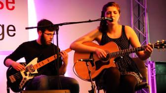 Cinnamon Silence traten für SINFONIMA auf der Acoustic Stage der Musikmesse auf