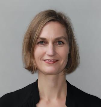 Birgit Rolfes, Leiterin ARTIMA, Mannheimer Versicherung AG.jpg
