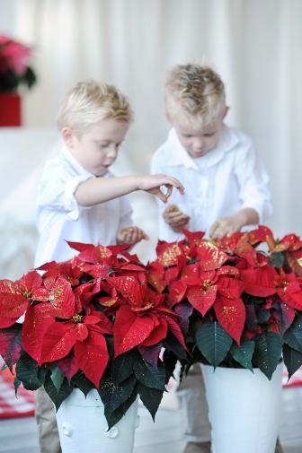 Julpyssel med barnen 2012