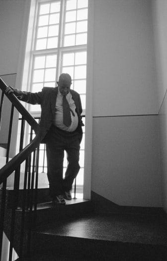 Old Man Walking Up and Down a Staircase, Vibeke Tandberg 2003. Foto: Runar Hodne
