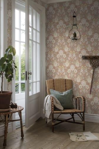 DahliaGarden-1_Image_Roomshot_Hallway_Item_7688_PR