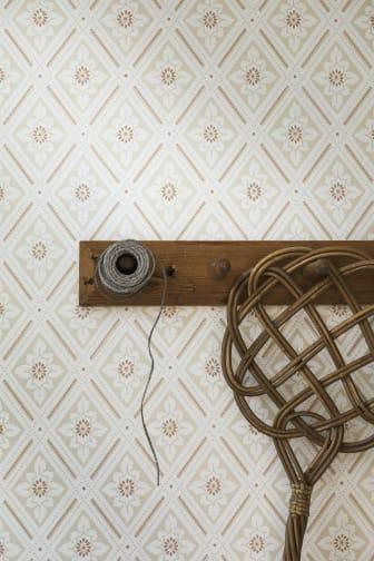Ester-3_Image_Roomshot_Hallway_Item_7660_PR