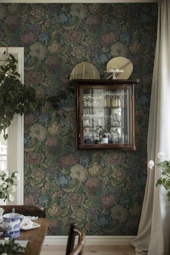NightingaleGardenMural_Image_Roomshot_Item_3595_PR