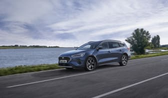 2021_FORD_FOCUS_ACTIVE_OUTDOOR_03