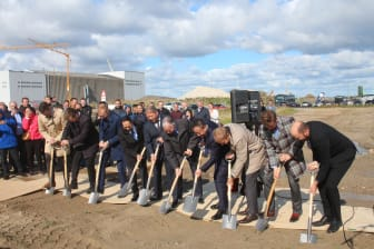 Groundbreaking at Blue World Technologies - the founders and close business partners