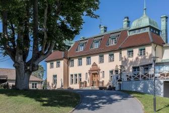 Såstaholm-Herrgård.jpg