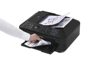 PIXMA MX715 med papper
