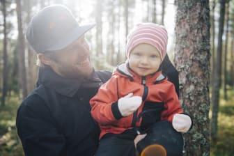 Familj i skog
