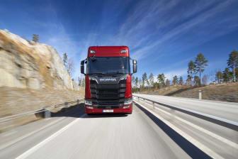 Scania S 650 V8