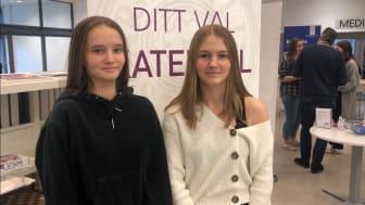Elin Wågnert och Alice Fredriksson, årskurs 9 på Viktoriaskolan